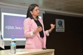 KMÜ'de Kişisel İmaj Ve Marka Yöntemi Konuşuldu