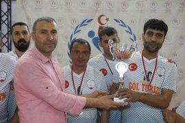 Oturarak Voleybol'da Süper Lig'e Yükselen Takım Belli Oldu