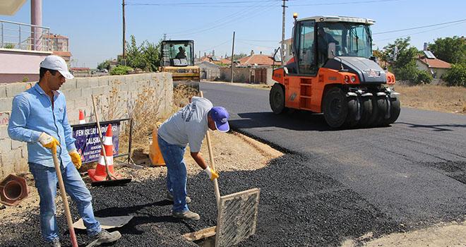 Larende ve Sümer Mahallelerinde asfaltlanmamış yol kalmadı