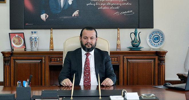 """Rektör Akgül: """"Yönetim olarak kalite politikamızdaki kararlılığımızın devam edecek"""""""