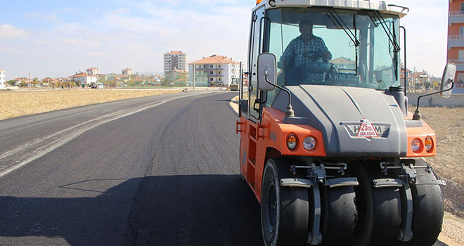 Karaman Belediyesinde asfalt çalışmaları devam ediyor