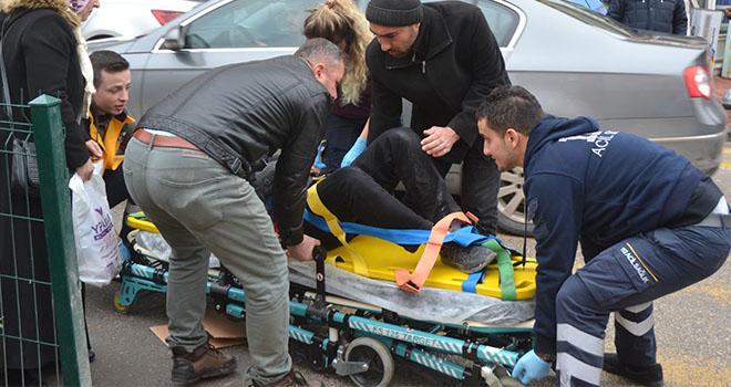 Karaman'da motosikletin çarptığı yaya yaralandı