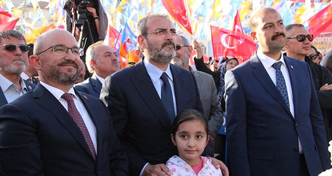 """Mahir Ünal: """"Recep Tayyip Erdoğan'a her zamankinden daha çok sahip çıkacağız"""""""